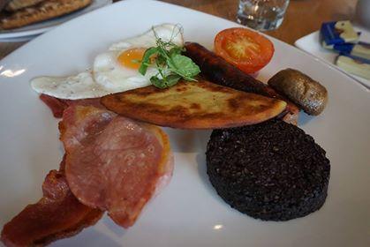 9朝食。フル・スコティッシュ・ブレックファースト