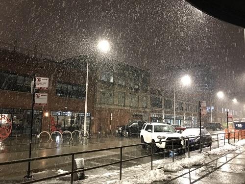 シカゴは1日中、大雪!!