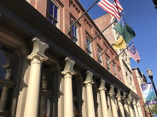 ルイビルの町並み。ウイスキーディストリクトには、歴史ある建物が並びます。